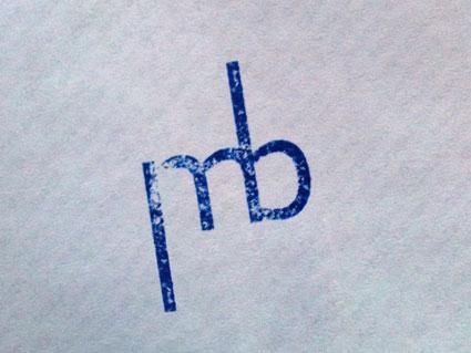 Monogramme initiales marquées avec un tampon